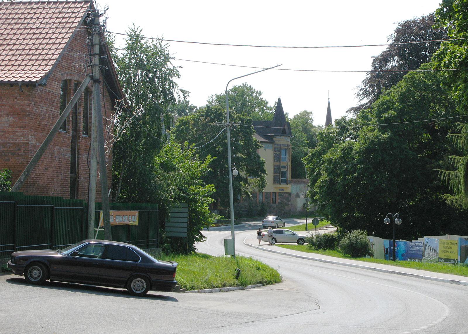 улица в поселке Янтарный