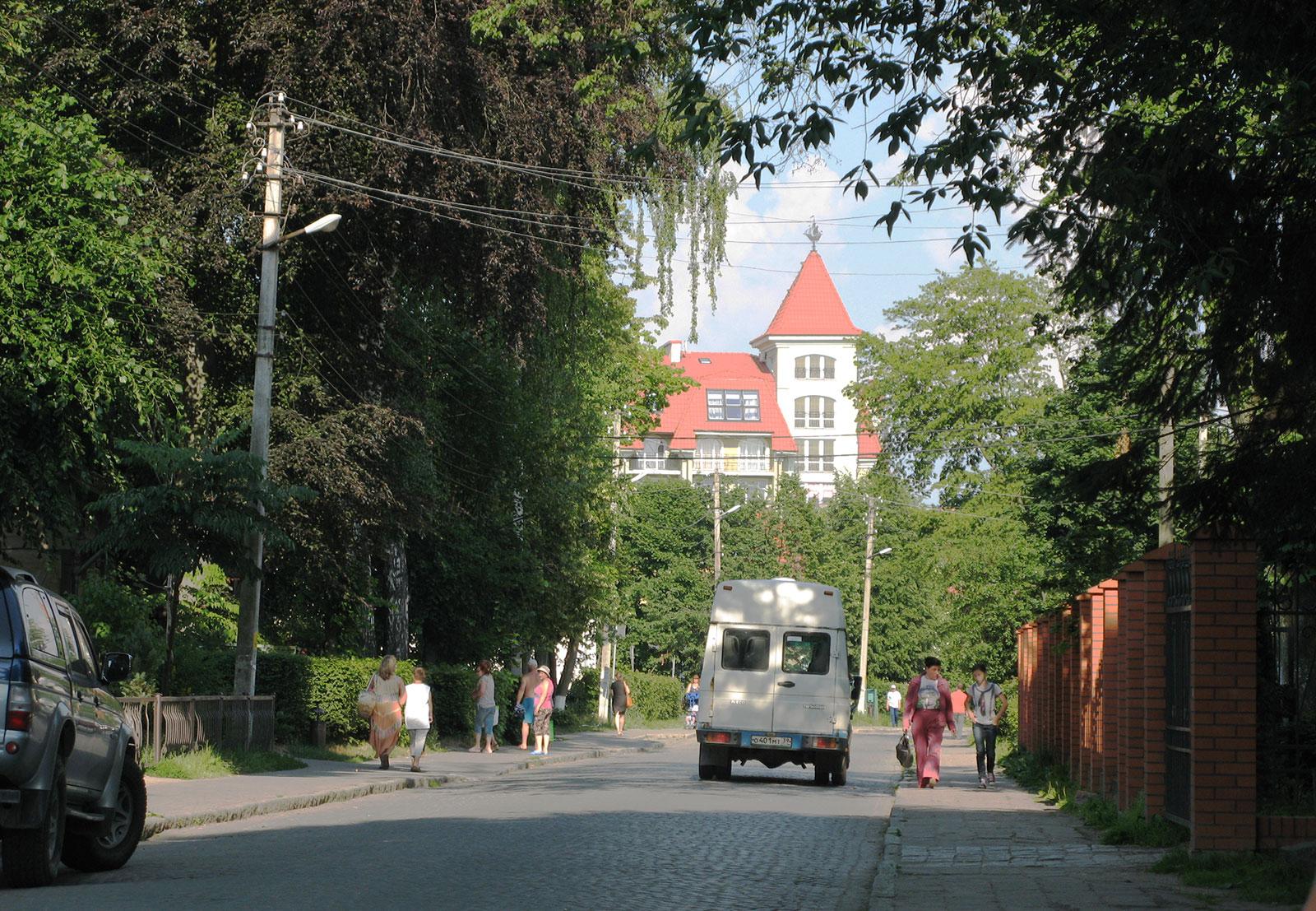 улица с брусчаткой
