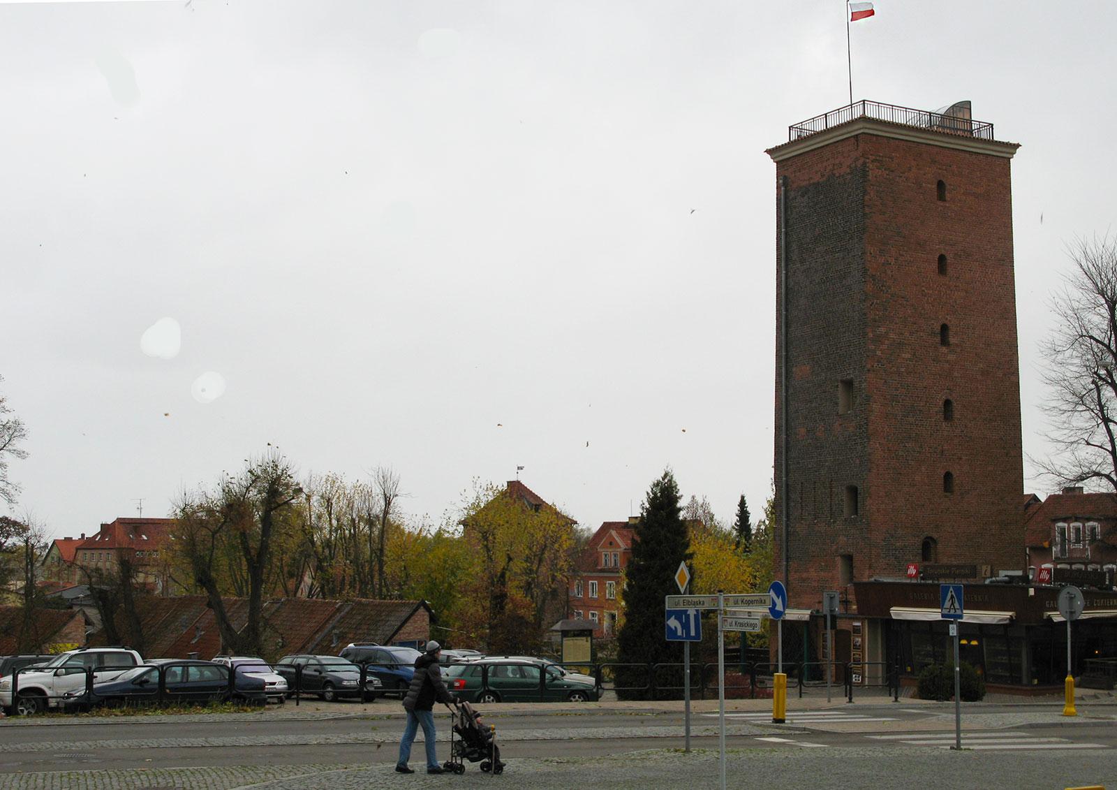 frombork-bashnya-na-ulitse