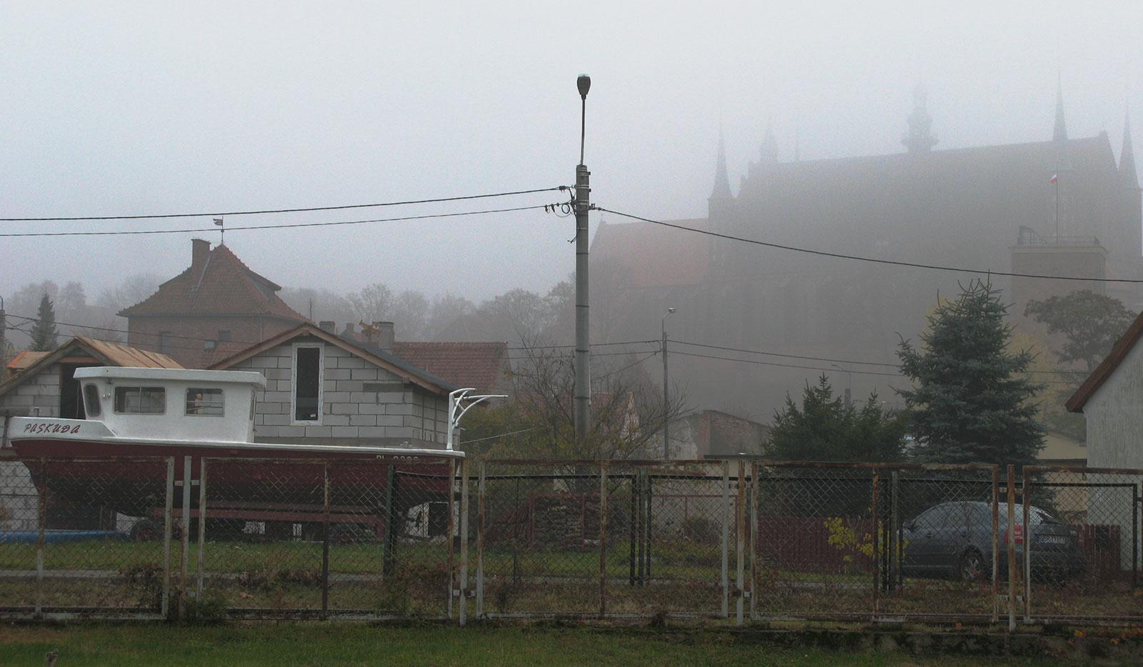Туман во Фромборке Фрауебурге
