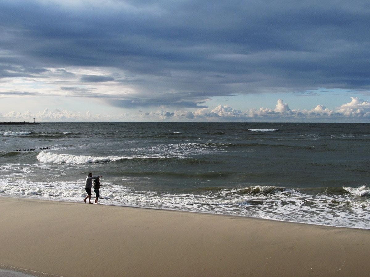 пляж с кварцевым песком в Пионерском