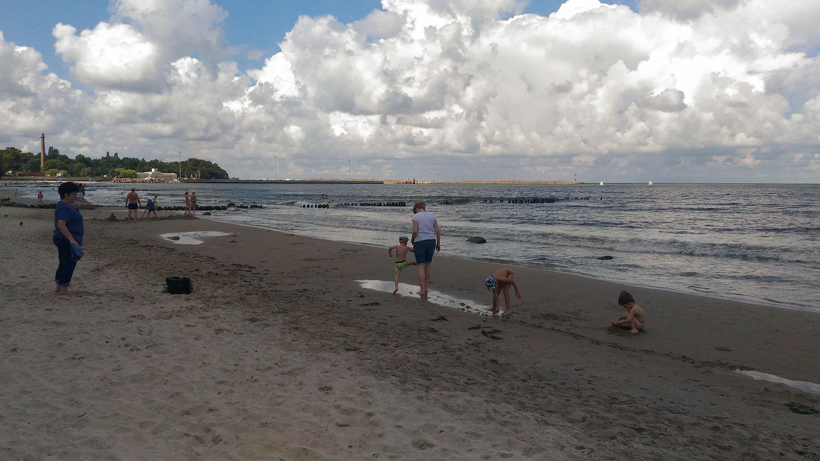 песчаное и неглубокое место