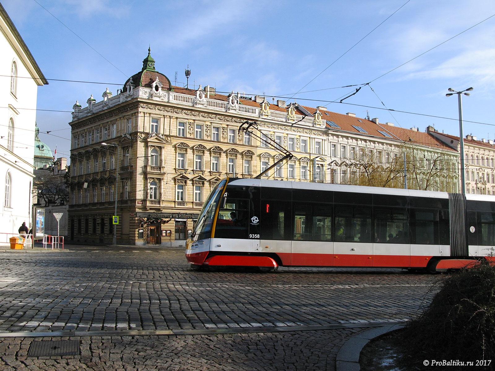 praga-ulitsa-tramvay