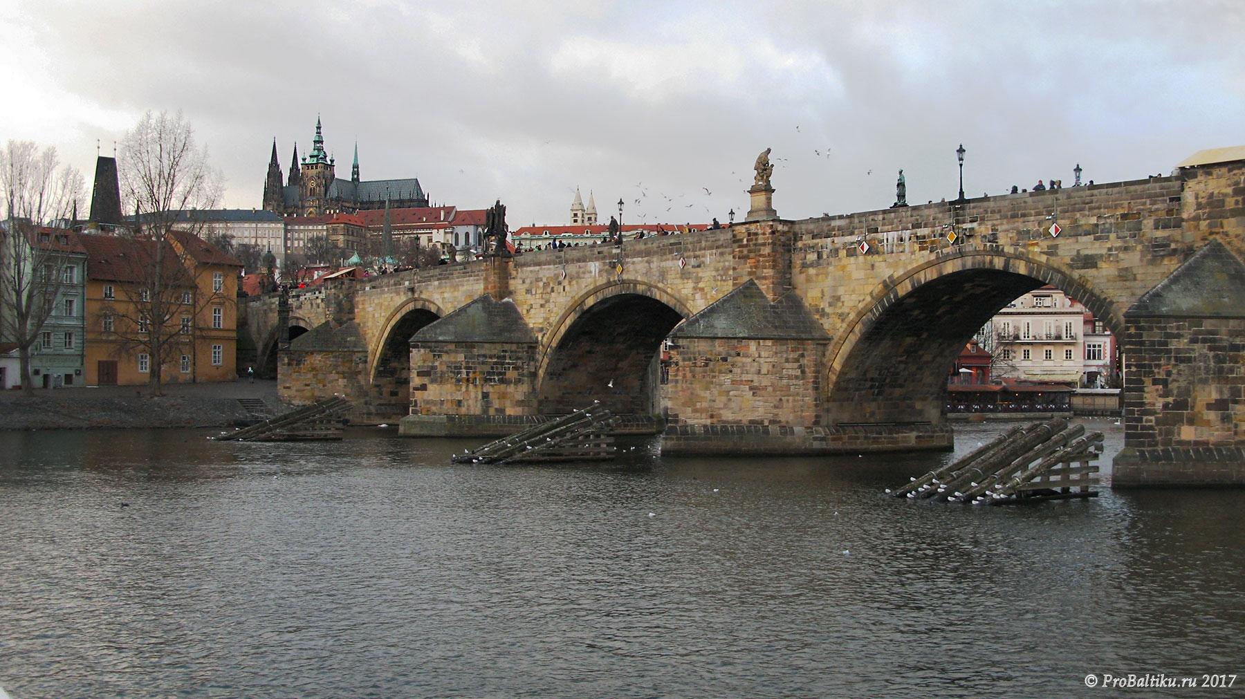 praga-vltava-karlov-most-9